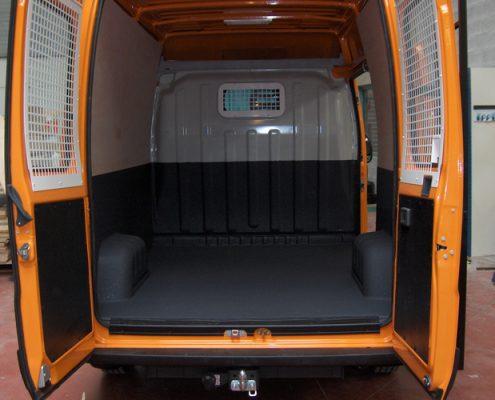 bestelwagen polyurea laadvloer